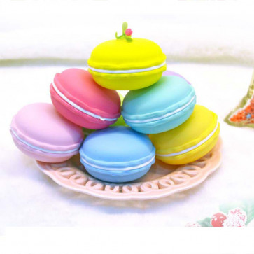 Box of 6 Macarons With Slime